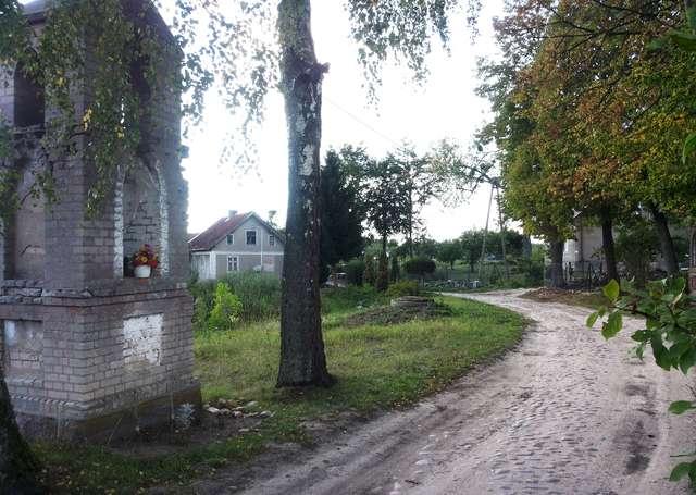 Kapliczka w Plutkach