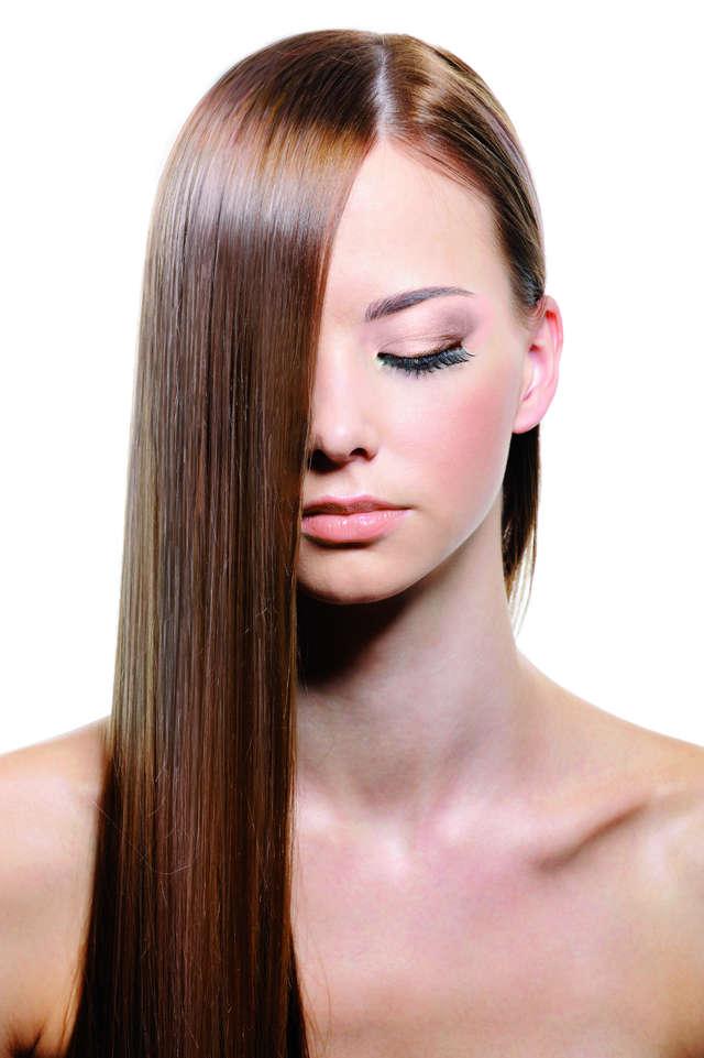 Włosy dobrze odżywione po lecie - full image