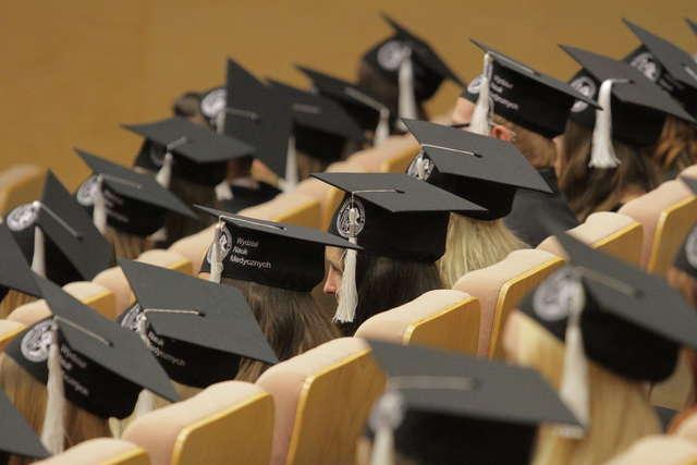 UWM zaprasza na uroczystą inaugurację roku akademickiego - full image