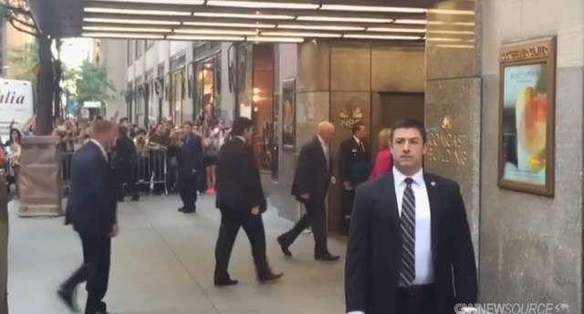 Hillary Clinton pojawiła się u Jimmy'ego Fallona w  The Tonight Show - full image