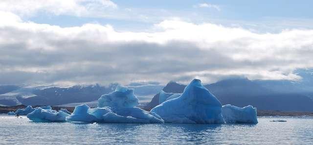 Islandia - kraina lodu, ognia i świetnej muzyki   - full image