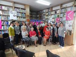 Spotkanie z Marią Ulatowską i Jackiem Skowrońskim w bibliotece
