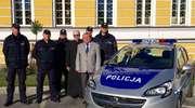 Nowy samochód w służbie policji