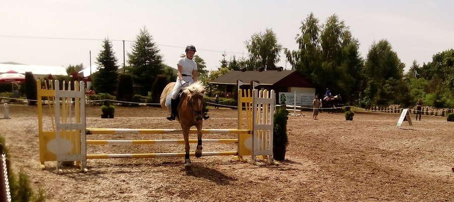 Dominika i jej pasja – konie i skoki przez przeszkody