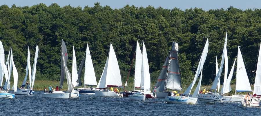 Tym razem o błękitną wstęgę Jezioraka rywalizowały aż 53 załogi