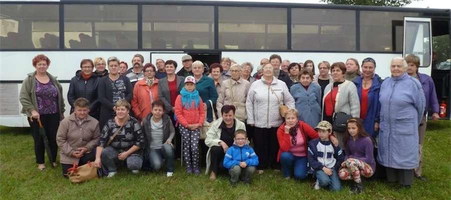 Uczestnicy wycieczki do Starego Pola