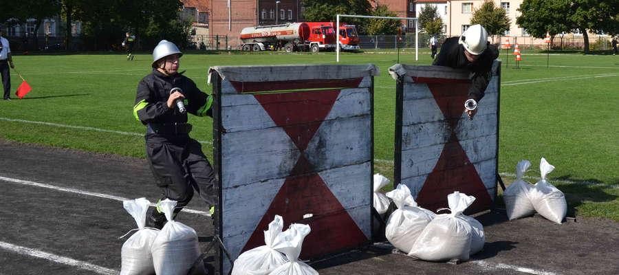 W walce o mistrzostwo powiatu strażacy rywalizowali w dwóch konkurencjach