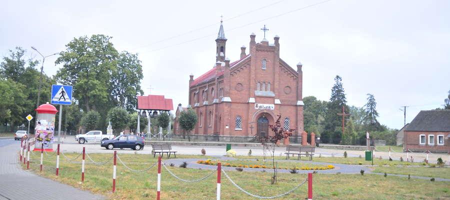 Drewniany Kościół w Zielonej nie przetrwał do dziś. Nie dysponujemy również żadnym jego zdjęciem. Oto współczesny dom modlitwy mieszkańców parafii Zielona