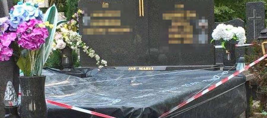 Sprawcy zdewastowali jeden z grobów na Dębicy, zabrali z niego szczątki