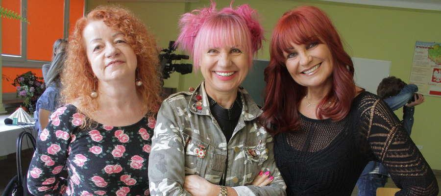 Krystyna Świątecka, Ewa Cichocka i Iwona Pavlovic wzięły udział w nagraniu teledysku