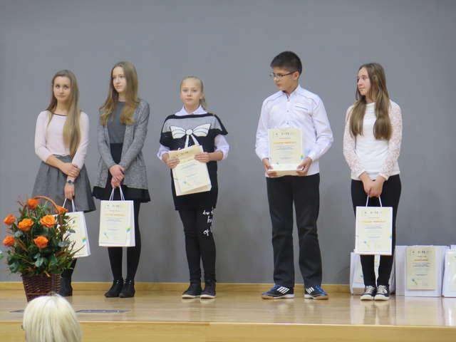 Nasi uczniowie laureatami konkursów - full image