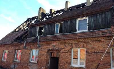 Budynek płonął, kobieta wyskoczyła przez okno