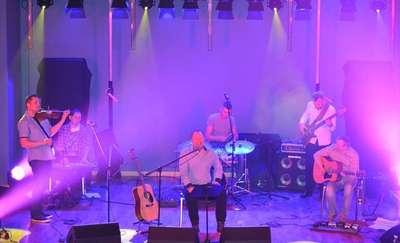 Jesienne Spotkania Muzyką Malowane w Budrach
