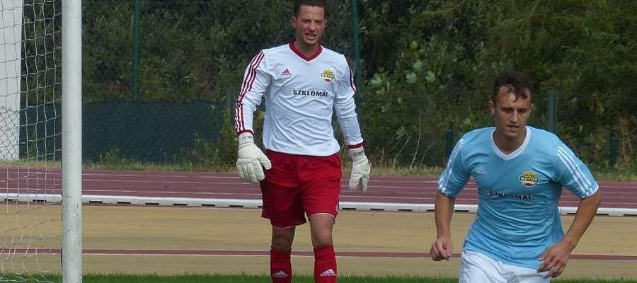 Jacek Malanowski, bramkarz Motoru Lubawa, lidera IV ligi