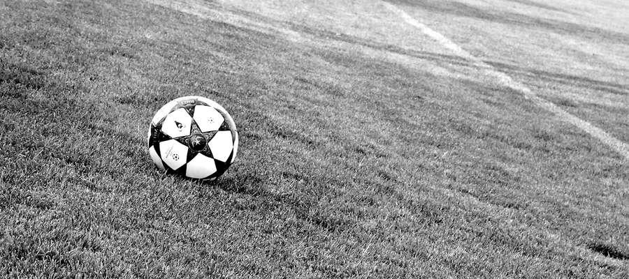 Seniorska piłka w Płońsku w nowym sezonie maluje się w szarych barwach. Zamykamy ligową tabelę z wynikiem przynoszącym płońskiemu światkowi futbolowemu powody do wstydu