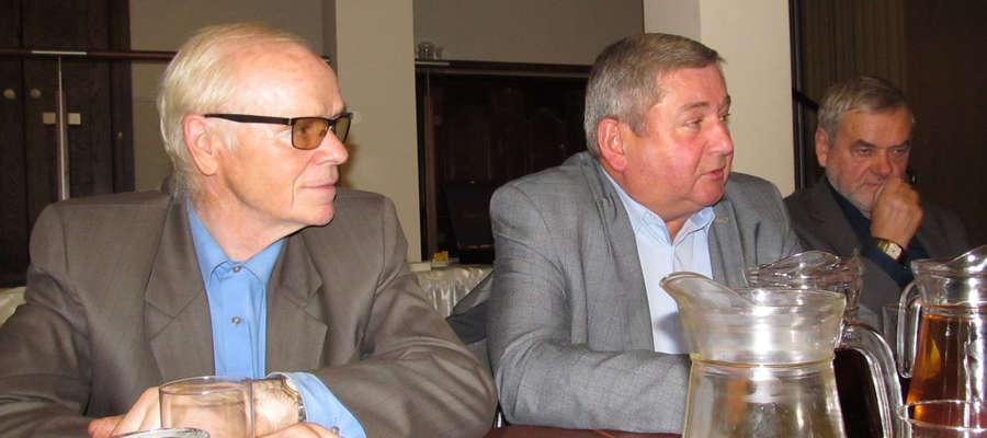 Starosta Jan Harhaj (w środku) spotkał się z przedsiębiorcami