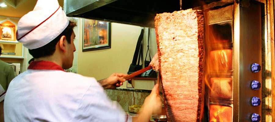 24-letni mieszkaniec Płońska obrobił kebabowy lokal