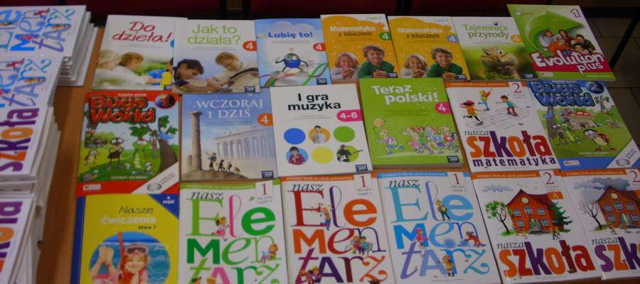 Darmowe podręczniki w bibliotece szkolnej