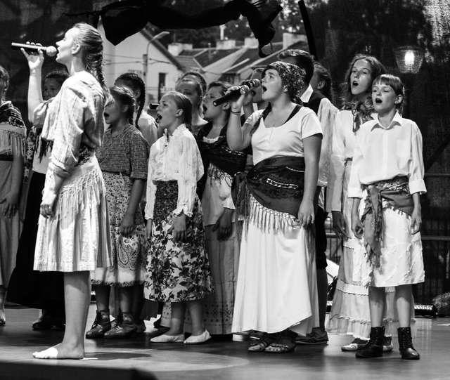 """Musical """"Kochanie bez granic"""" w olsztyńskim CEiIK-u - full image"""
