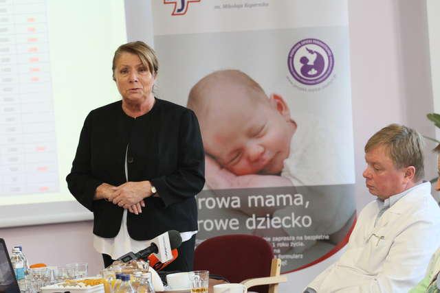 Mama i dziecko pod kompleksową opieką medyczną - full image