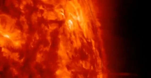 NASA opublikowała zdjęcia eksplozji słonecznych - full image