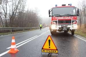 21-latek w BMW dachował pod Olsztynem