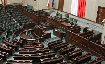 Jaką decyzję ogłosi dziś prezes PiS Jarosław Kaczyński? [SONDA]
