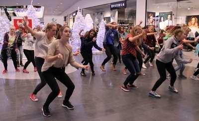 Tanecznie w Olsztynie, czyli flash mob w Galerii Warmińskiej