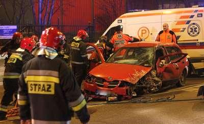 Wypadek na Towarowej w Olsztynie. Dwie osoby ranne, pies trafił do schroniska