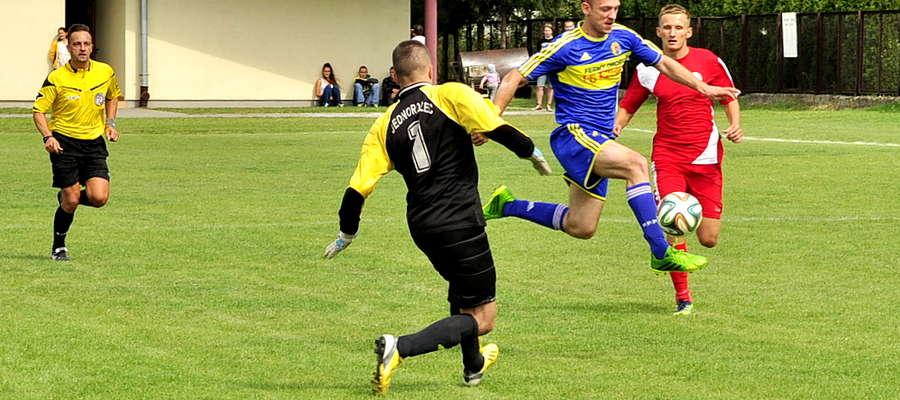 Michał Dzięgielewski jest najlepszym strzelcem drużyny z Bieżunia. Strzelił 6 bramek