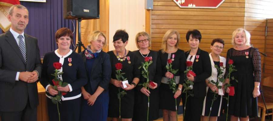 Nauczyciele z naszego powiatu odebrali medale KEN