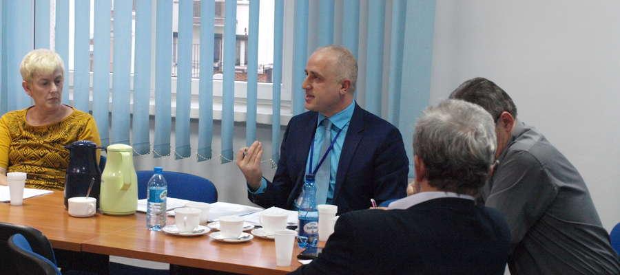 Dyrektor Zbigniew Białczak poinformował, że do ZOL – u będzie mogło zostać przyjętych więcej pacjentów