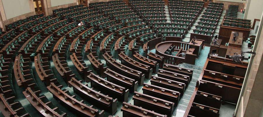 Rząd chce przewietrzyć samorządy. Po dwóch kadencjach koniec rządzenia