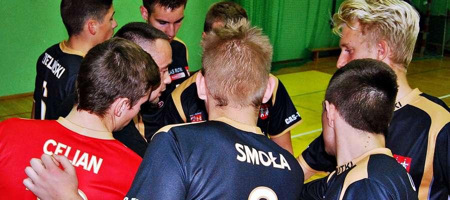 Pewna wygrana 3:0 z Lipowcem Kościelnym była pierwszą odniesioną przez siatkarzy UKS Rutki w tym sezonie w II MLJ