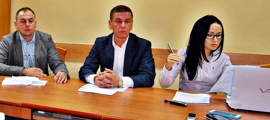 """Magdalena Dobrzyńska współnie z Wojciechem Bluszczem wydali oświadczenie, pisząc w nim m.in.: ,,Nie zamierzamy się tłumaczyć z oczywistości, w obliczu tego że ktoś chce nam udowodnić coś, co jest oszczerstwem""""."""