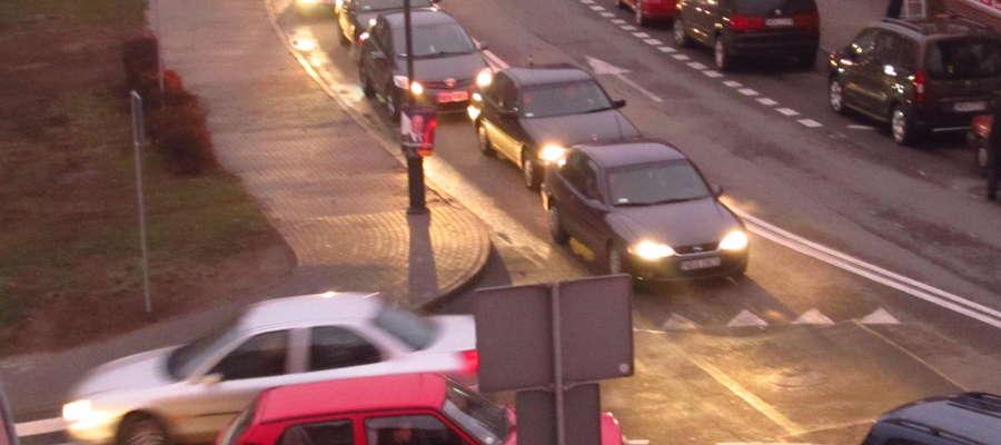 Skrzyżowanie ulic Wybrzeża i Bema w Bartoszycach