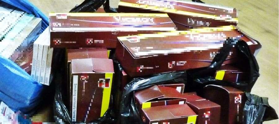 Policja w czasie kontroli peugeota odkryła kartony z papierosami, które miały trafić na lokalne targowiska