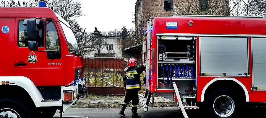 Akcja strażaków trwała około godzinę