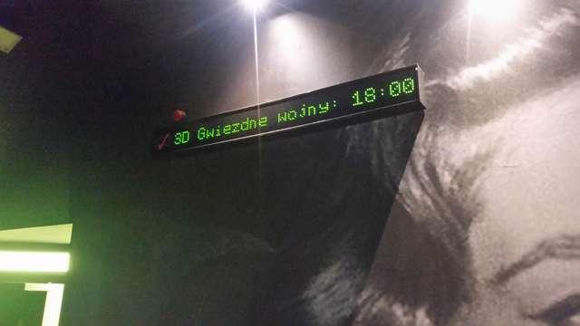 Premiera najnowszej części Gwiezdnych Wojen. Sale kinowe w Olsztynie zapełnione - full image