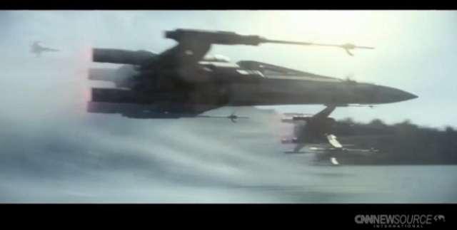 Nowe Gwiezdne Wojny pobiły rekord. Film zarobił miliard dolarów w 12 dni - full image