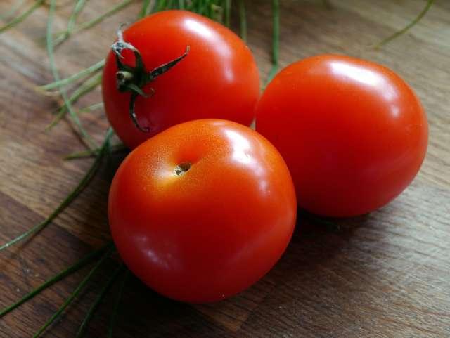 Pomidory są cennym źródłem potasu. - full image