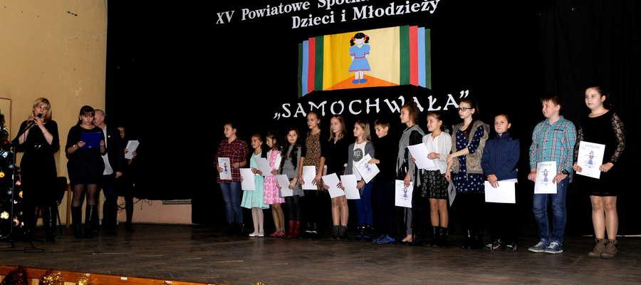 Uczniowie kategorii 9-12 lat odebrali nagrody i pamiątkowe dyplomy