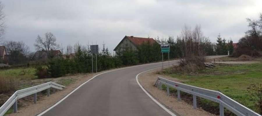 Zakończyły się prace na drogach gminnych w Koleśnikach oraz na odcinku Wierzbowo – Szeszki.