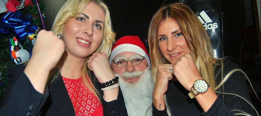 Św. Mikołaj był dosłownie rozchwytywany, i to nie tylko przez trenującą w klubie liczną dziecięcą grupę;)