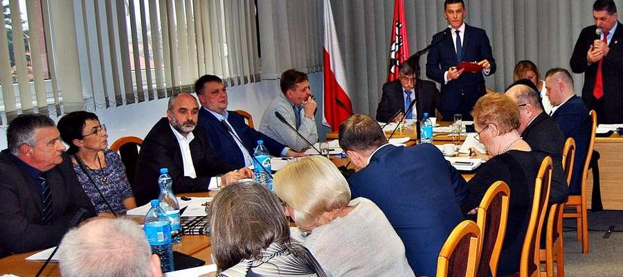Temat stypendiów wywołał dosyć burzliwą dyskusję podczas ostatniej sesji rady miasta