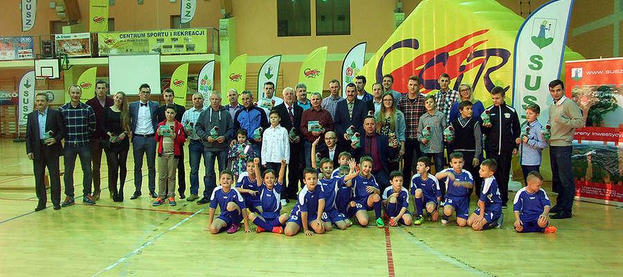 To tylko część nagrodzonych sportowców, trenerów i działaczy z miasta i gminy Susz