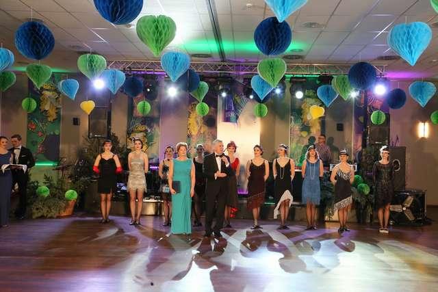 Karnawałowy bal uniwersytecki UWM. Zdjęcia - full image