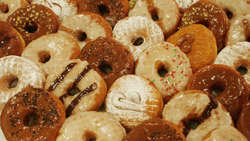 Zmiany w przepisach o śmieciowym jedzeniu w szkołach?