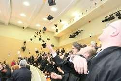 Absolwenci olsztyńskiej medycyny odebrali dyplomy