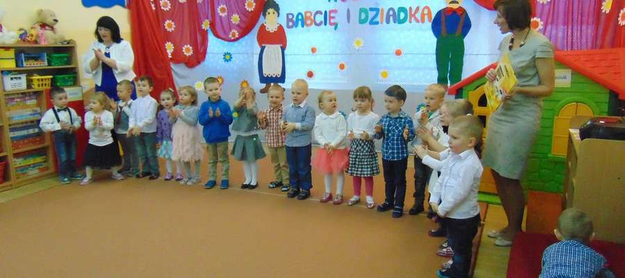 Dzień Babci I Dziadka W Przedszkolu Nr 2 Bartoszyce